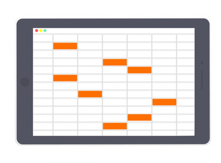 エクセルは複数人による同時編集ができないので、スケジュール管理に使用すると上書きトラブルが起こりやすい。